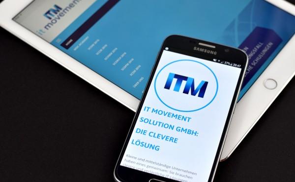 Die Website von IT Movement auf einem iPad